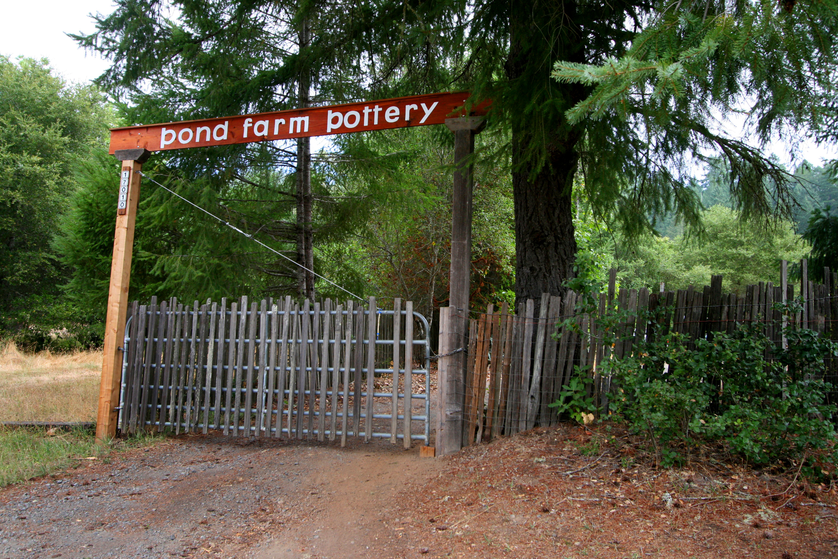 Pond Farm entrance